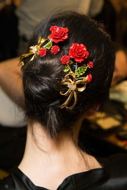 DG-Floral-jeweled-hair